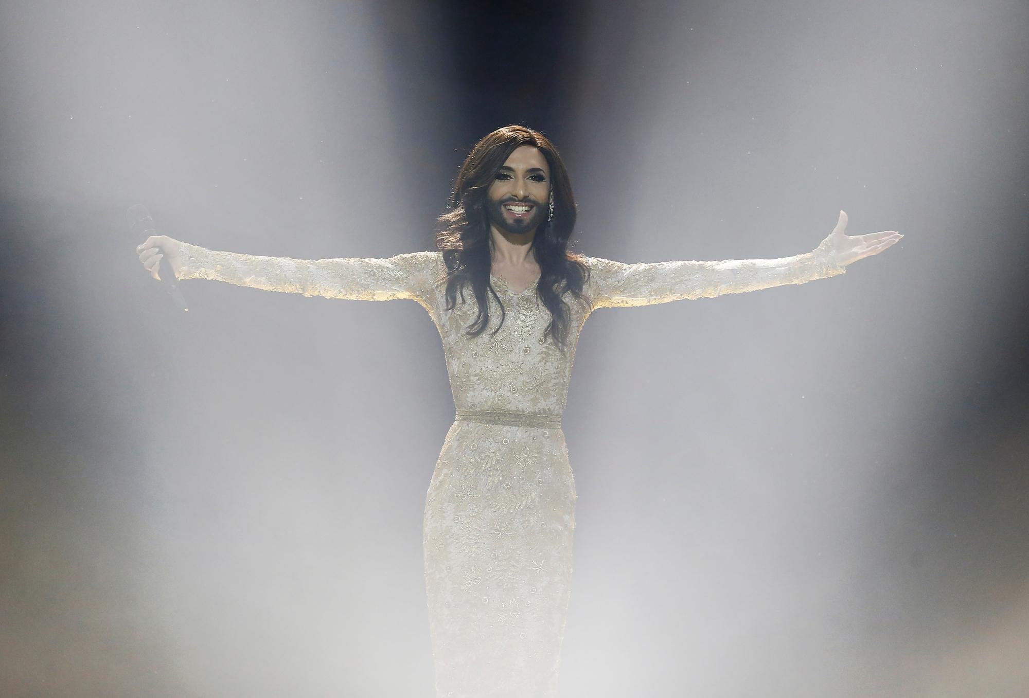 conchita-wurst-eurovision-11