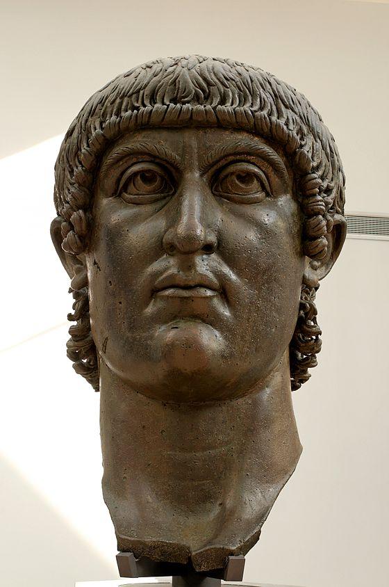 560px-Head_Constantine_Musei_Capitolini_MC1072