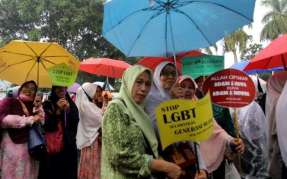 manifestation-contre-la-communaute-lgbt-a-bogor-en-indonesie-le-9-novembre-2018