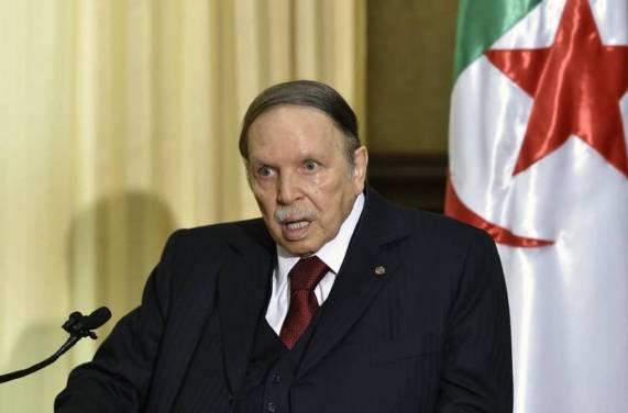 president-algerien-Abdelaziz-Bouteflika-residence-Algerie-10-avril-2016_0_728_481_562153_highres