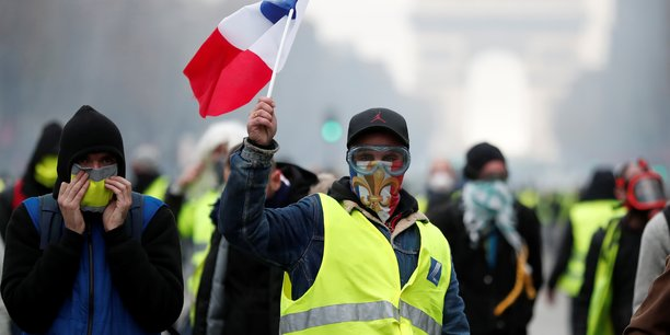 reunion-lundi-a-bercy-sur-l-impact-eco-des-gilets-jaunes (1)