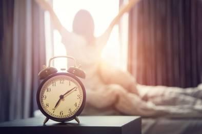 woman_morning_meq_2000x2000