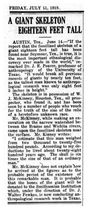 sebuah kerangka raksasa setinggi delapan belas kaki