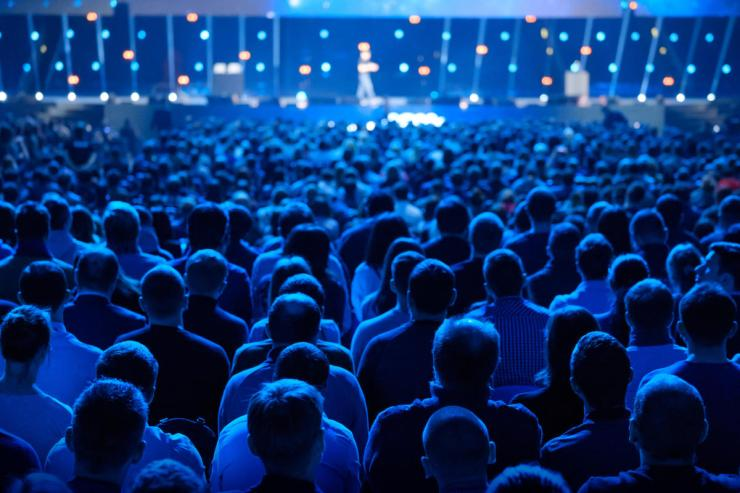 audience_listens_to_speaker_lecture_at_a_conference_presentation_by_toxawww_gettyimages-974238866_2400x1600-100796682-large.3x2