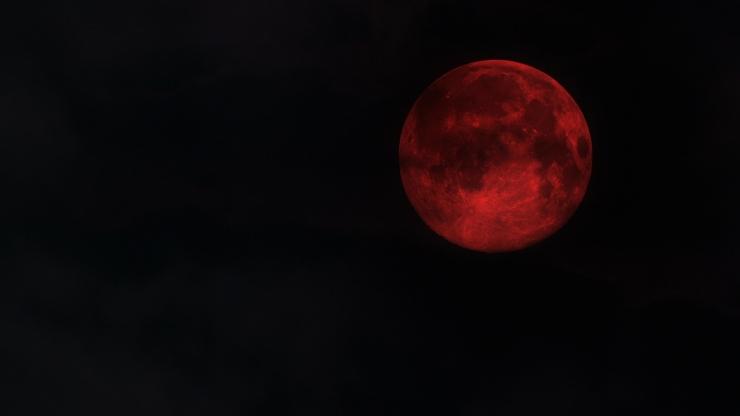 Bulan darah