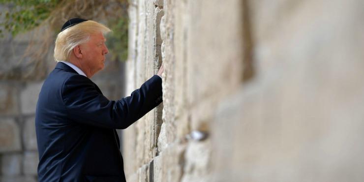 Israel-Jerusalem-Donald-Trump-premier-president-americain-en-exercice-au-mur-des-Lamentations
