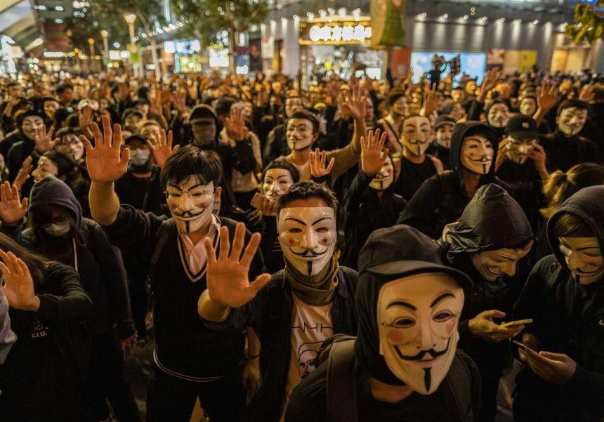 web-HONG-KONG-PROTESTS-51-1574487081
