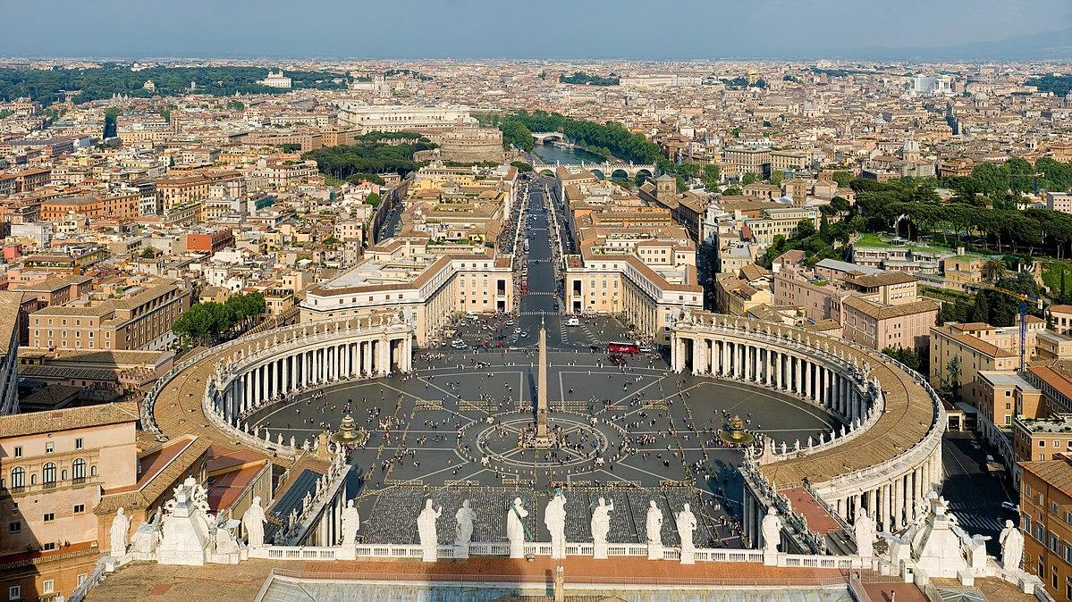 1200px-St_Peter's_Square, _Vatican_City _-_ April_2007