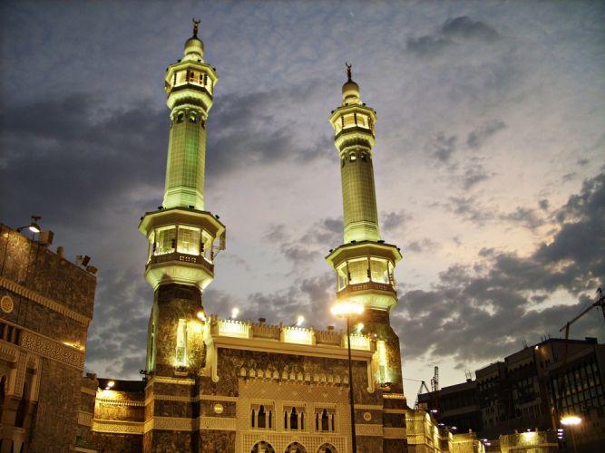 Minarets_in_Makkah_ (Mecca)