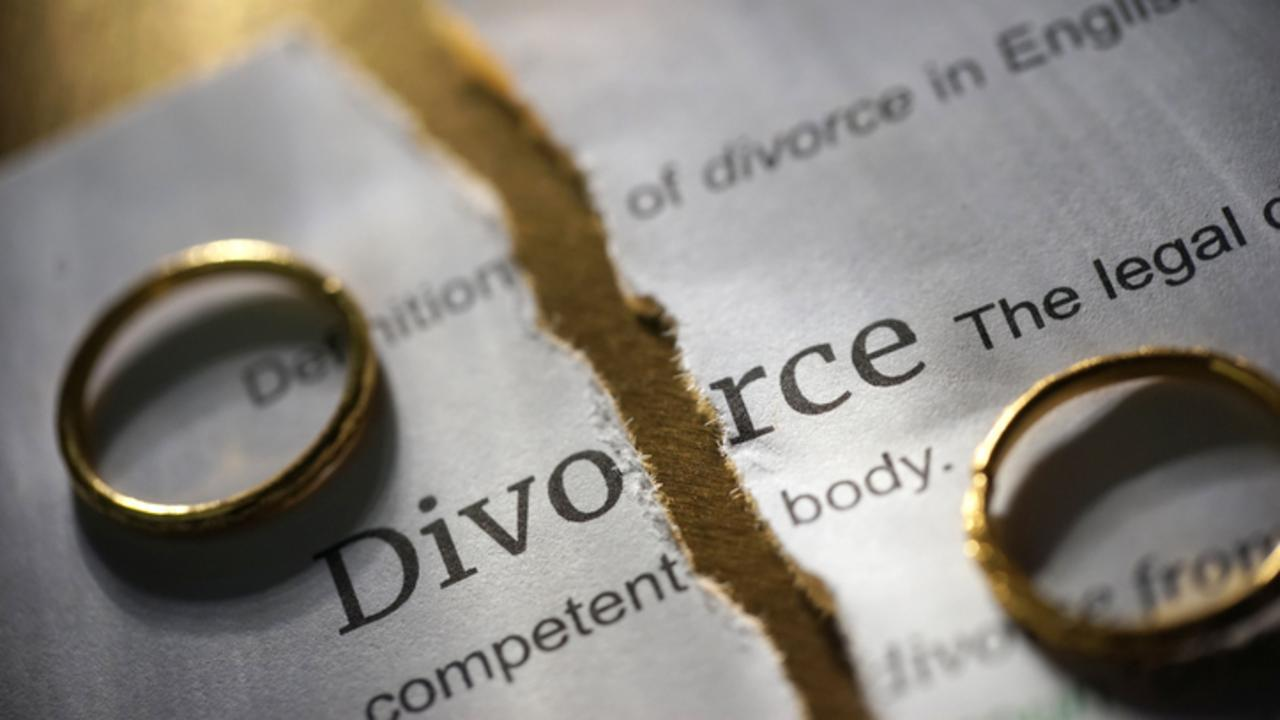 divorce-1-8611fb-1@1x